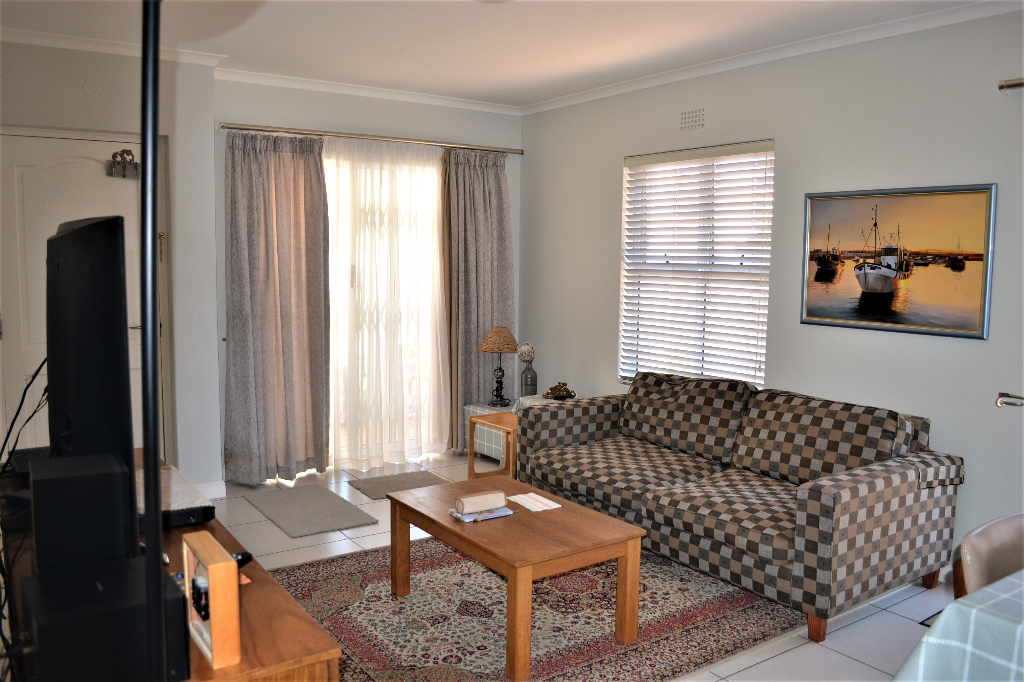House For Sale in Sunningdale, Blouberg