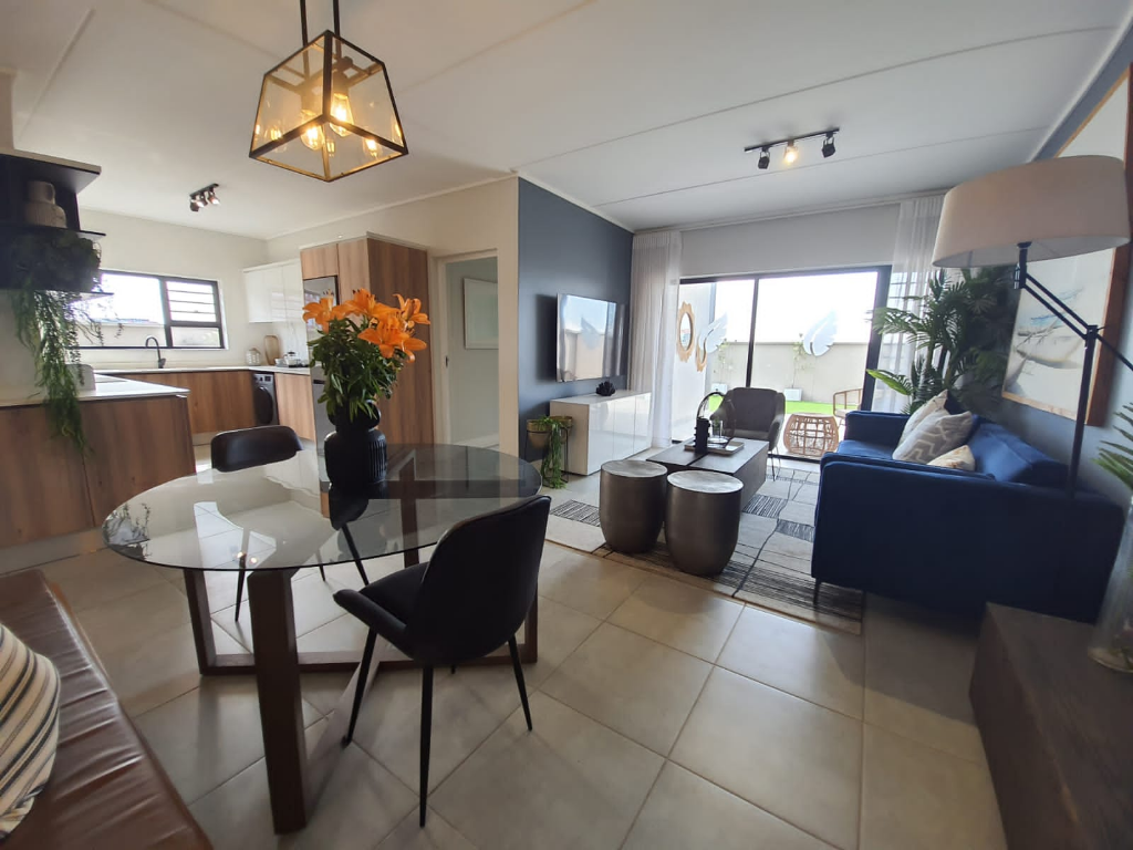Apartment To Rent in Waterfall, Midrand