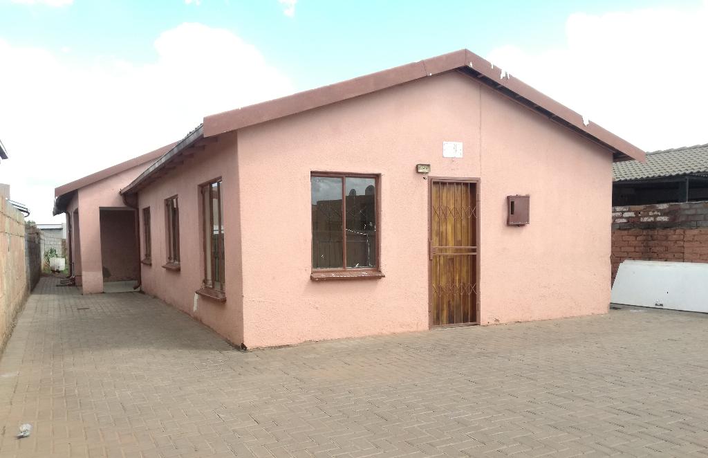 House To Rent in Roodekop, Germiston